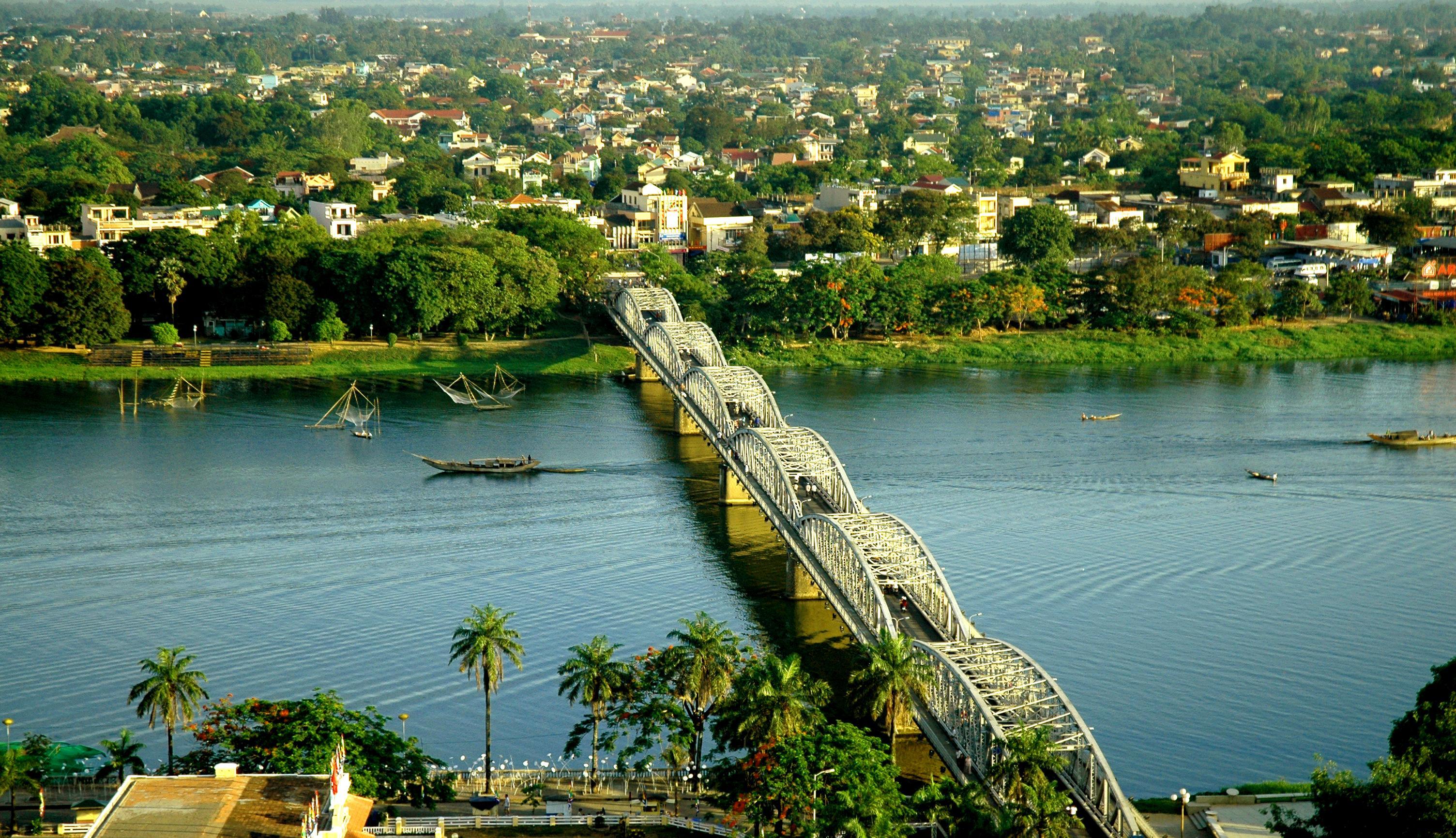 Vietnam's 25 popular tourist destinations