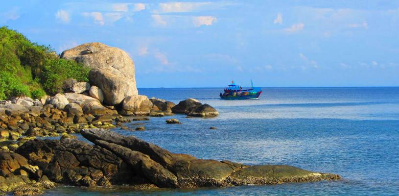 cham-island-hoian