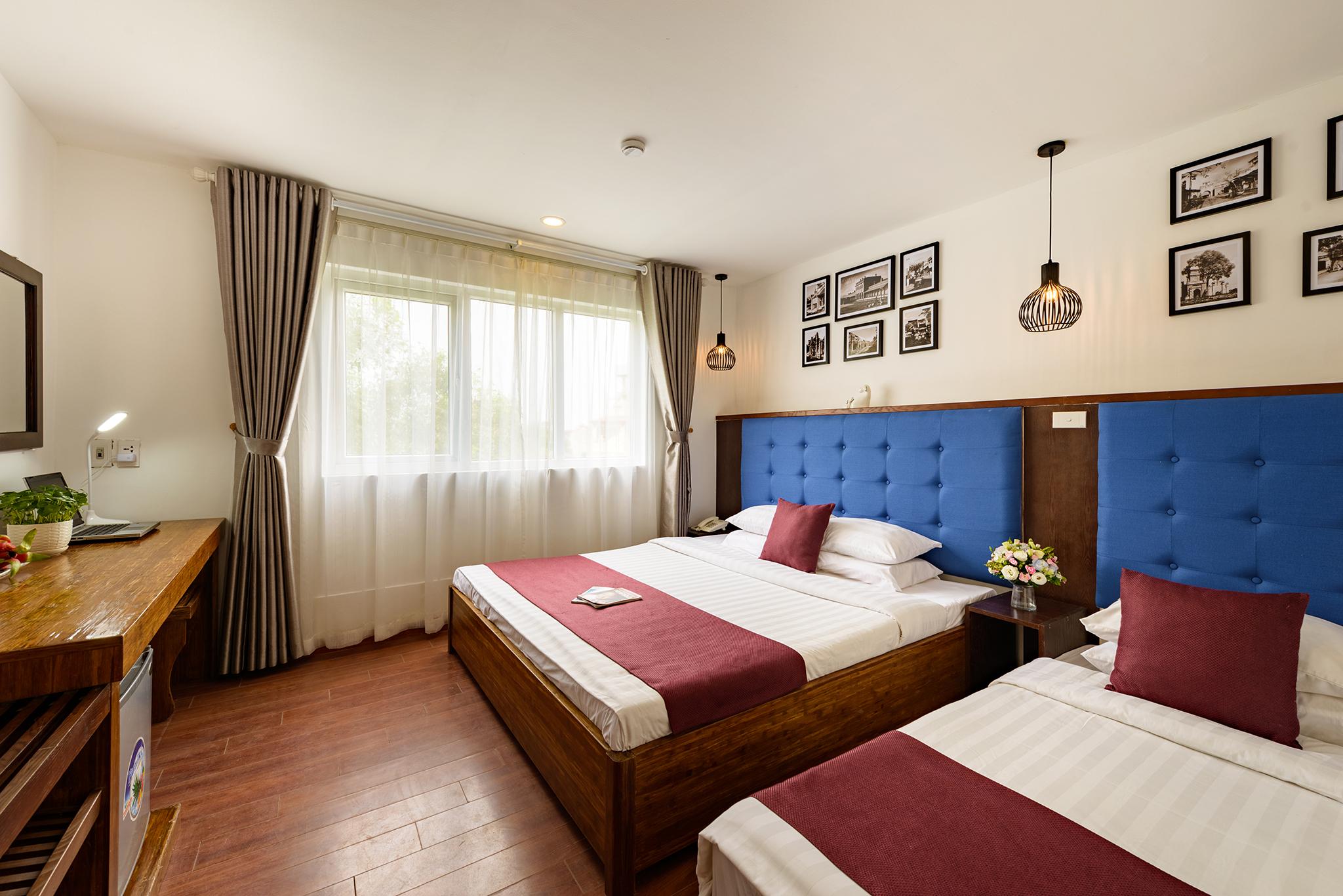 family-triple-room-splendid-hanoi