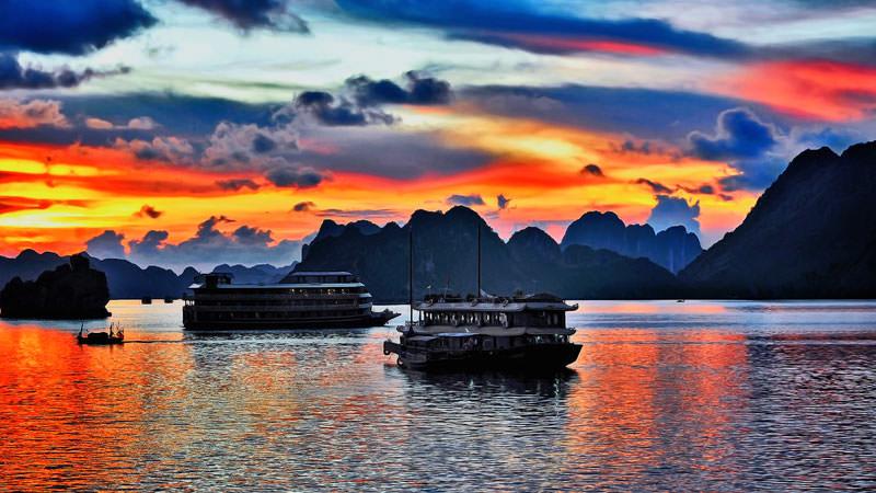 halong-bay-vietnam-6