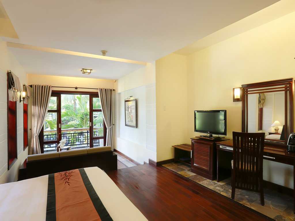 junior-suite-2-single-beds-hoian-mercure-hotel