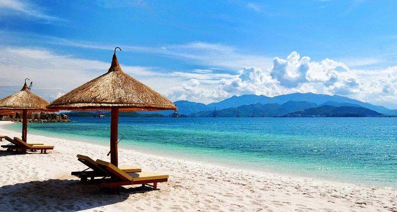 my-khe-beach-in-danang-vietnam