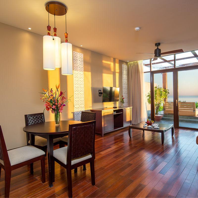 pool-side-suite-room-hoian-golden-sand-hotel