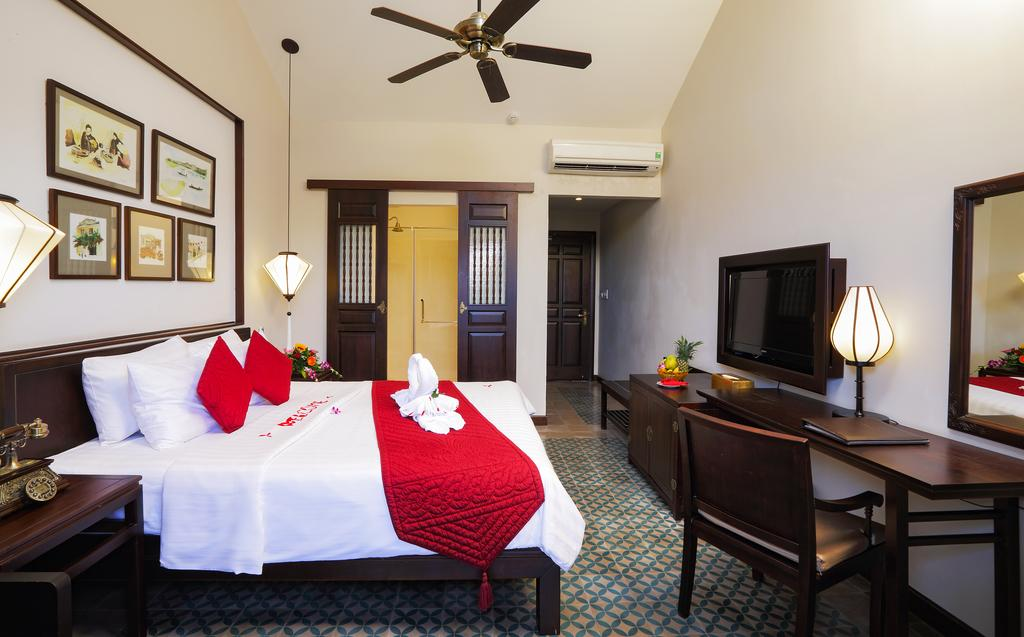 room-with-river-view-hoi-an-boutique-hotel