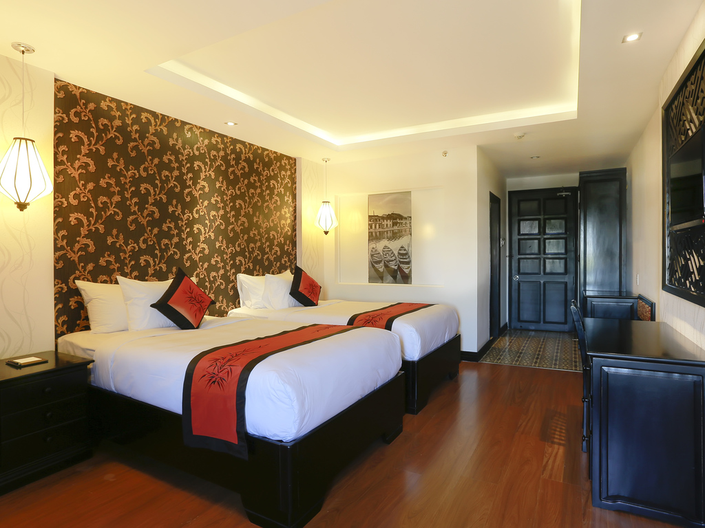stand-2-single-beds-hoian-mercure-hotel1